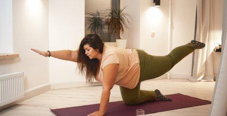 Je cvičenie jogy a pilatesu vhodné aj pre väčšie telo?